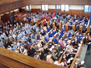 A full church for the Cantata