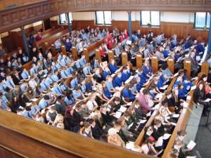 A full church for the Cantata