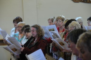 Some of the St.Mungo Singers in full voice